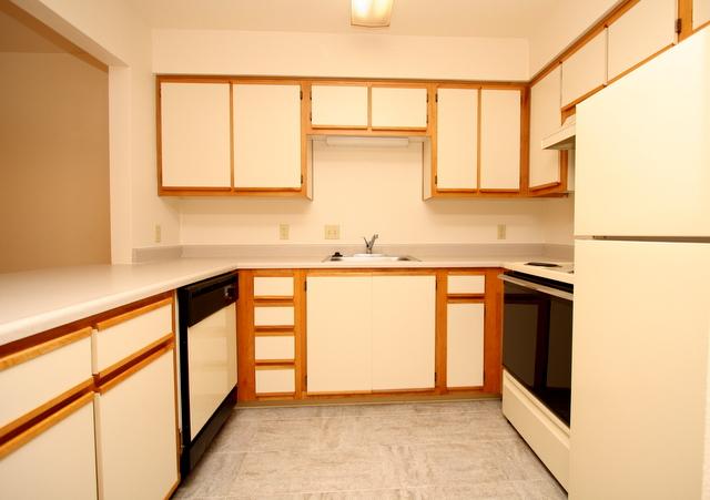 Heron Club One Bedroom Kitchen